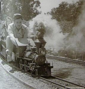s99-disney-c-train