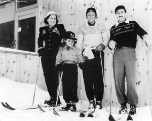 s99-disney-d-walt-disney-on-far-right-with-his-wife-lillian-daughter-diane-and-austrian-ski-racer-and-founder-of-sugar-bowl-ski-resort-hannes-schroll-at-sugar-bowl